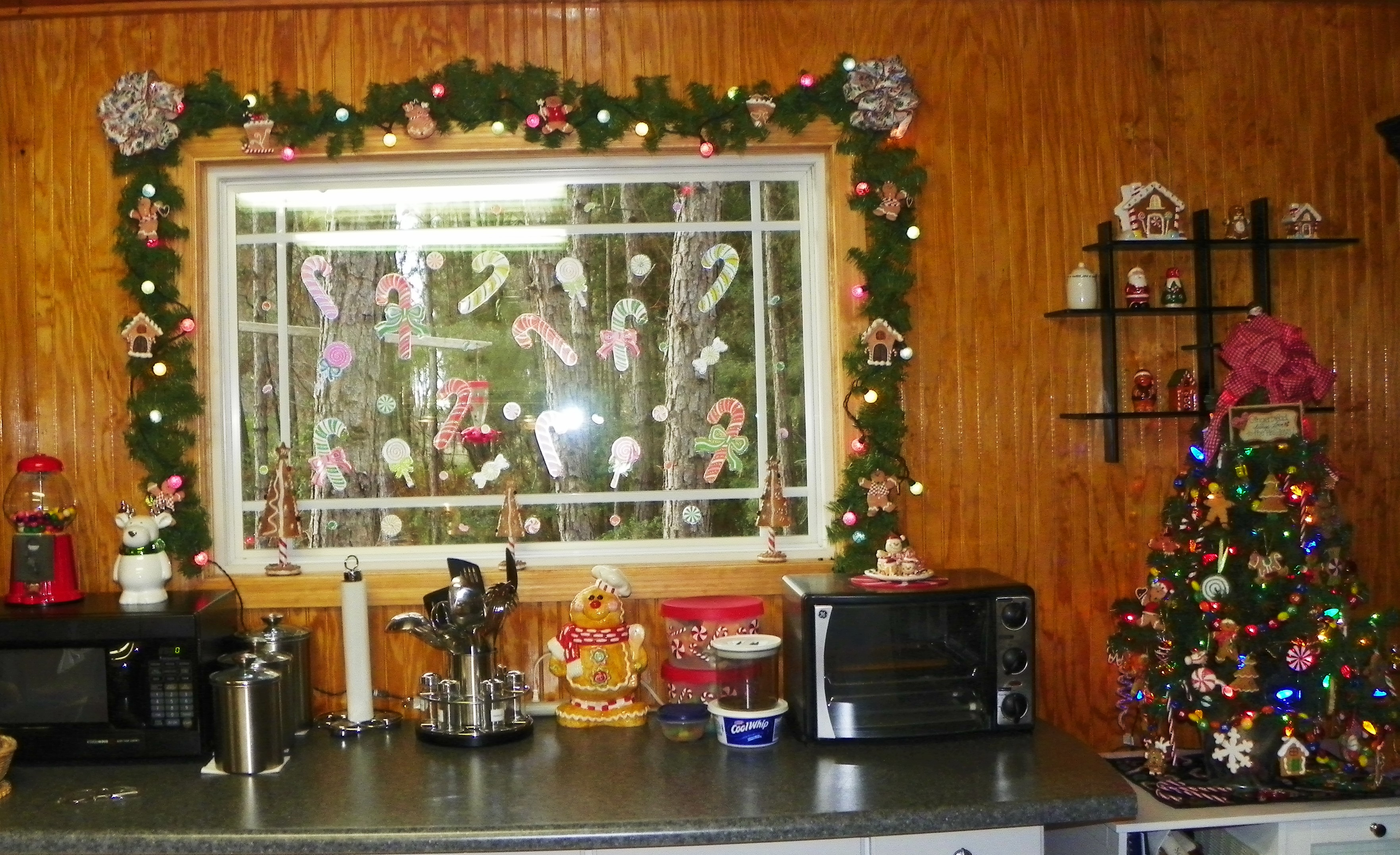Christmas Decorations For Kitchen Christmas Decorations Reflectionsby Kathy
