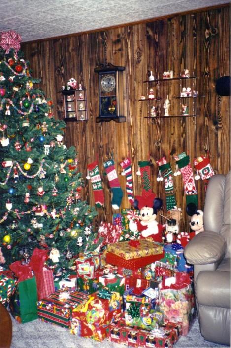 7-15-2011 1;53;14 PM Christmas 20023