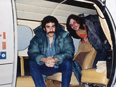 jim-and-maury-muehleisen-in-plane-1973-385x290 Jim
