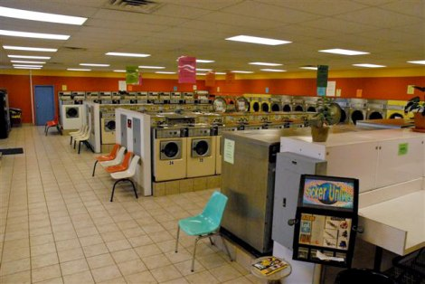 downtown-laundromat-inside1